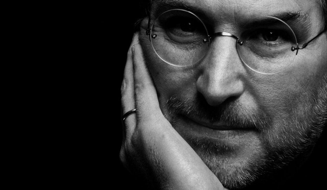 `Focus en eenvoud dat waren mijn mantra`s.` – SteveJobs